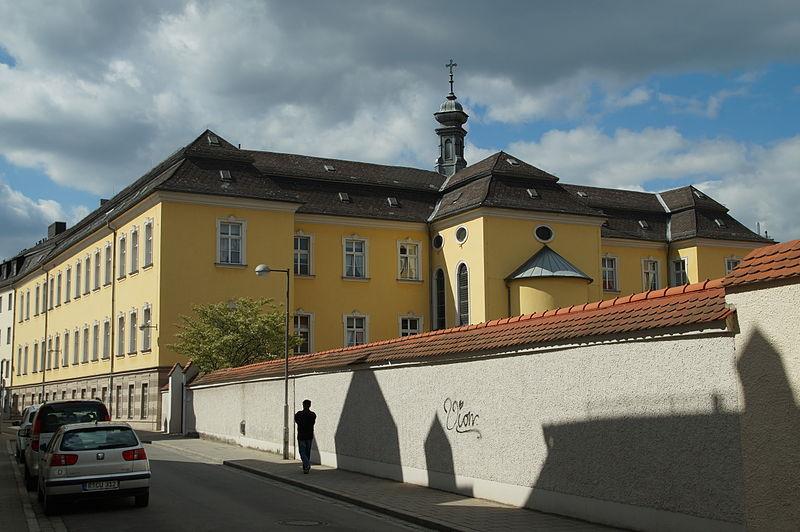 Das Bürgerstift St. Michael steht vor der Schließung.: Foto: Johanning/ Wikimedia Commons