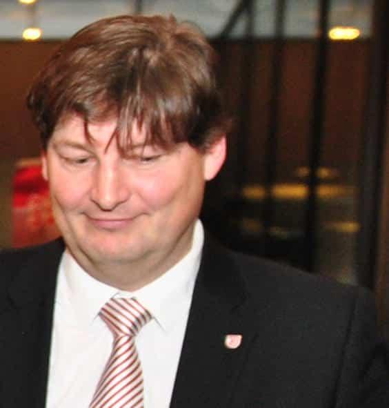 Soll für Aufklärung sorgen: Der Rechtsanwalt Ulrich Weber. Foto: Archiv/ Staudinger