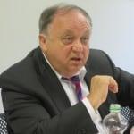 Erst keine Antwort, dann eine rätselhafte Forderung: SPD-Fraktionschef Hartl bestreitet Tatsachen, die ihm eigentlich bekannt sein müssten. Foto: Archiv