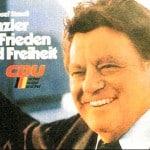 """1980: Franz Josef Strauß will Kanzler werden. Solche Zeiten wünscht sich der """"Konservative Aufbruch"""" zurück und hat einen fragwürdigen Strauß-Helfer auf seiner Seite."""