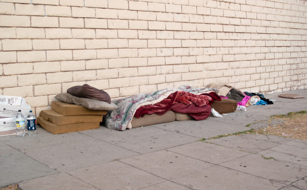 Acht Monate lebte Adriano M. auf der Straße. Wäre es nach dem Jobcenter Regensburg gegangen, wäre er abgeschoben worden. Foto