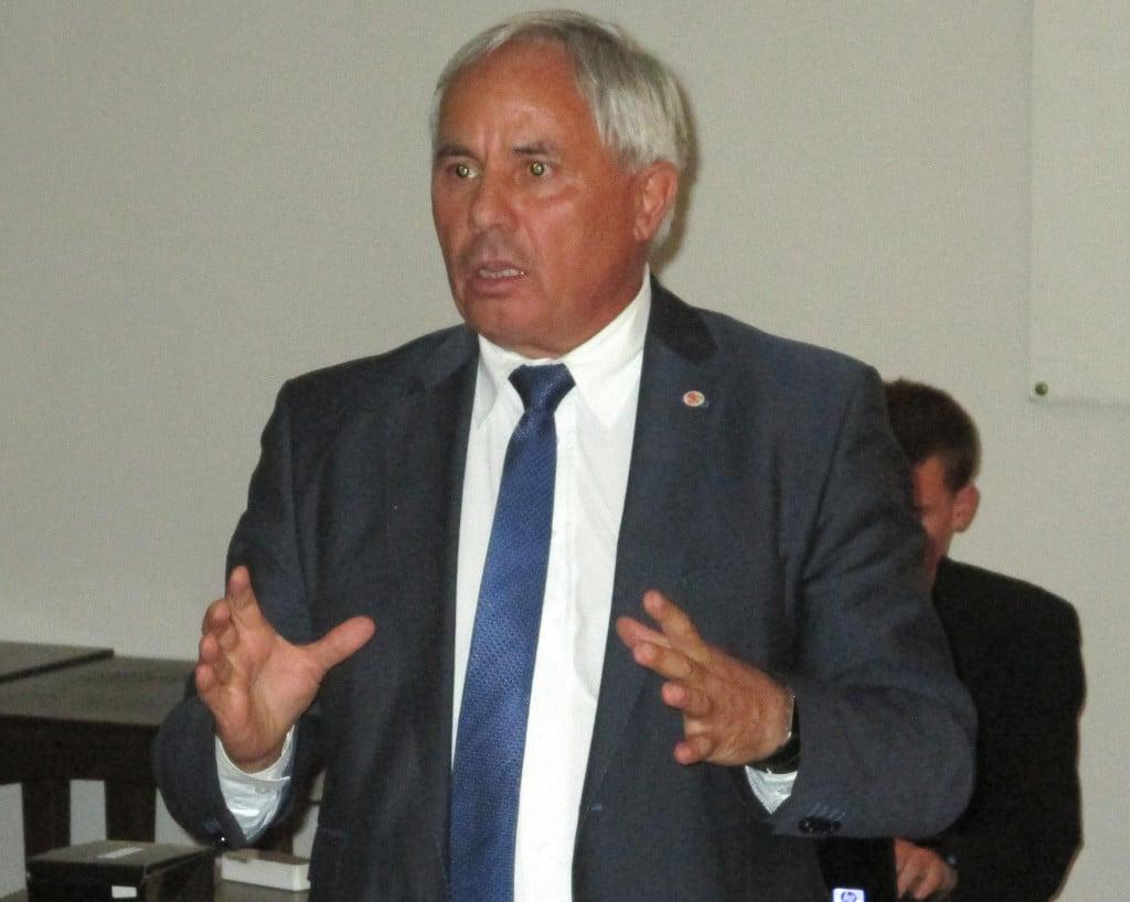 Einige müssen einfach raus, meint Bürgermeister Jürgen Huber.