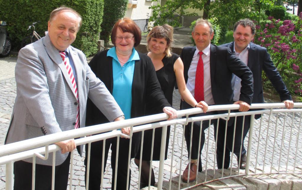Norbert Hart, Margit Kunc, Tina Lorenz, Ludwig Artinger und Horst Meierhofer gehören neben den beiden Bürgermeistern dem Koalitionsausschuss an. Foto: Archiv/ as