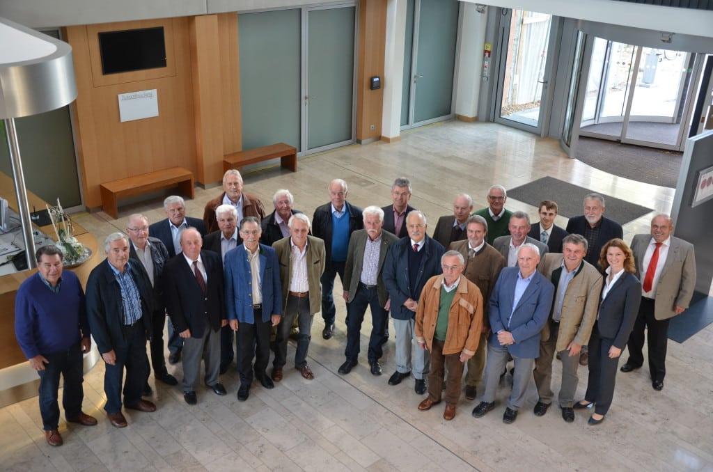 Führung ehemaliger Bgm durch das neue Landratsamt