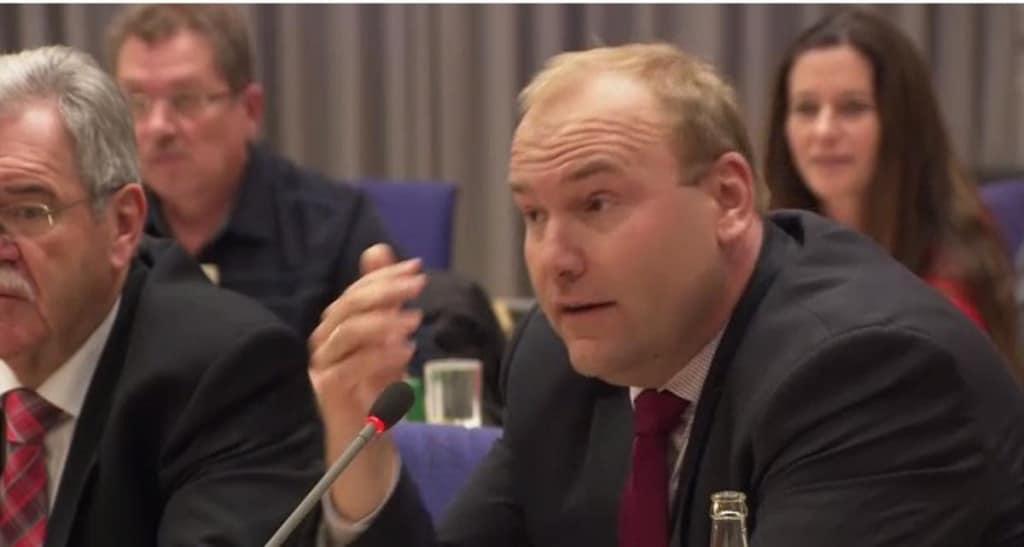 """""""Nonsense-Politik"""", nennt Christian Schlegl die Befragung. Foto: Archiv/ Stadt Regensburg"""