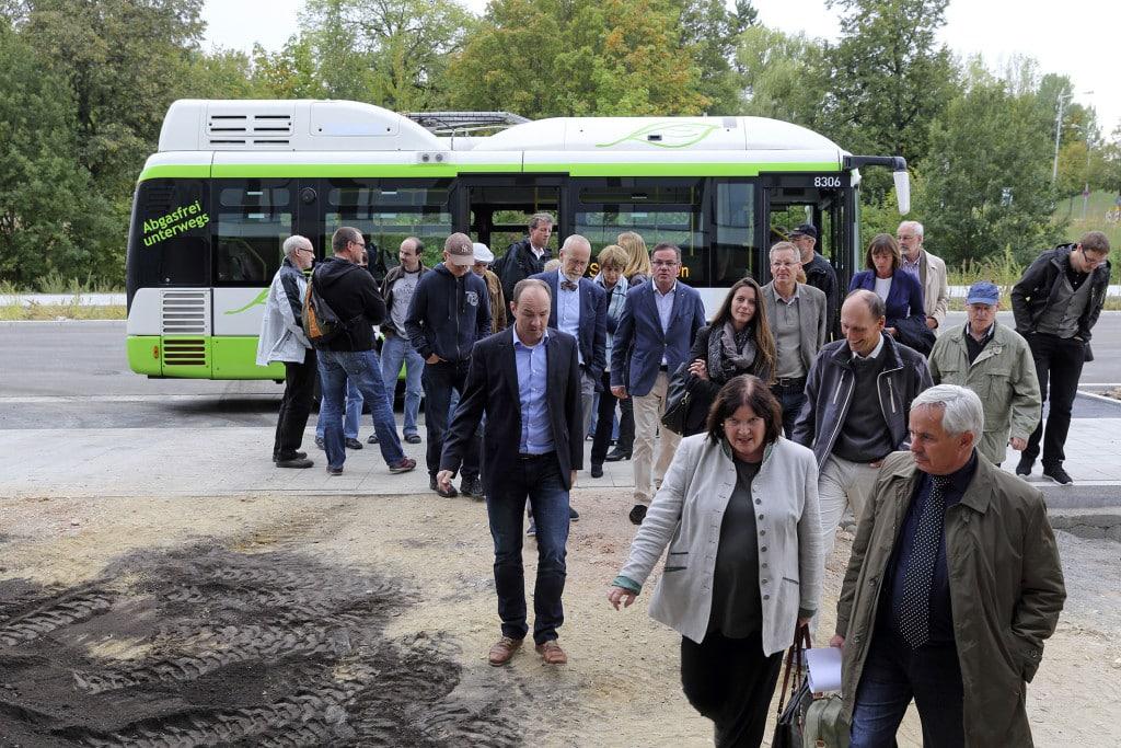Energie vor Ort 2015_Mit dem Elektrobus zu Vorzeigeprojekten der Energiewende - Bild 1