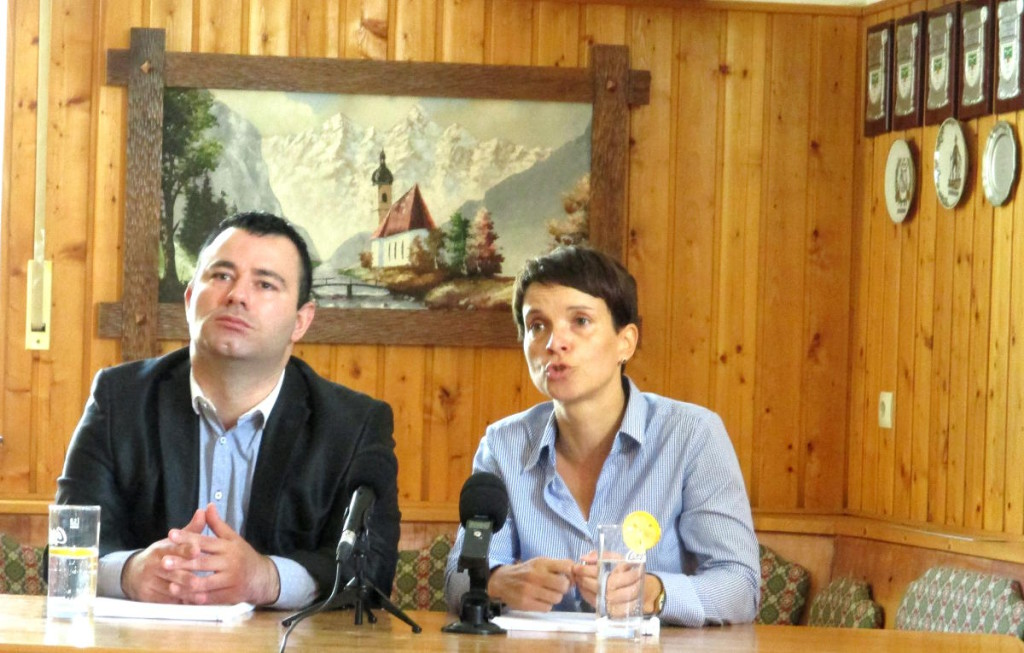 Bora Ataman und Frauke Petry im Oktober 2015. Foto: as