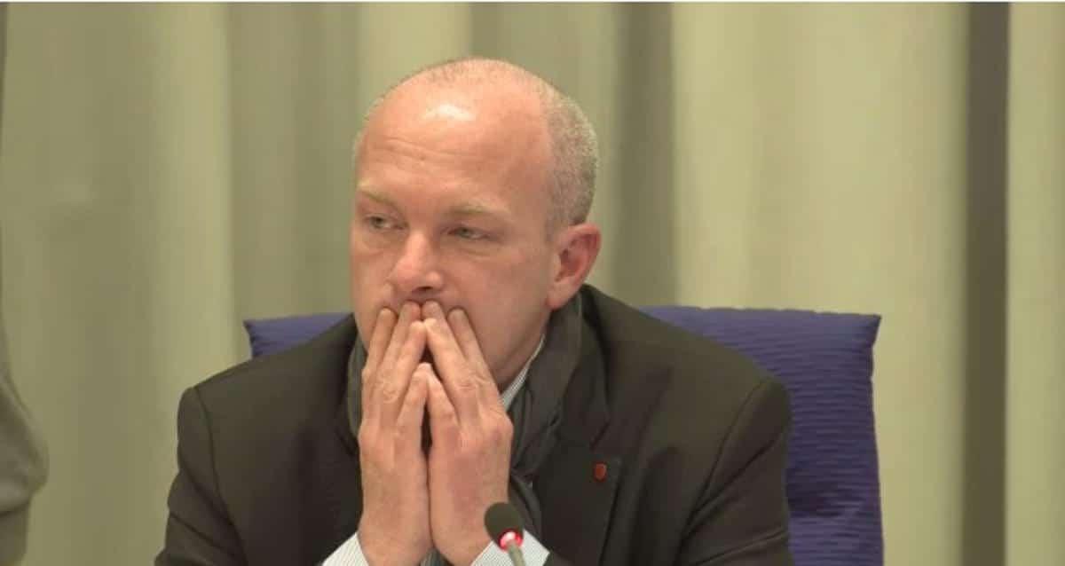 Reagiert meist nur noch genervt auf CSU-Anträge: Oberbürgermeister Joachim Wolbergs. Foto: Stadt Regensburg