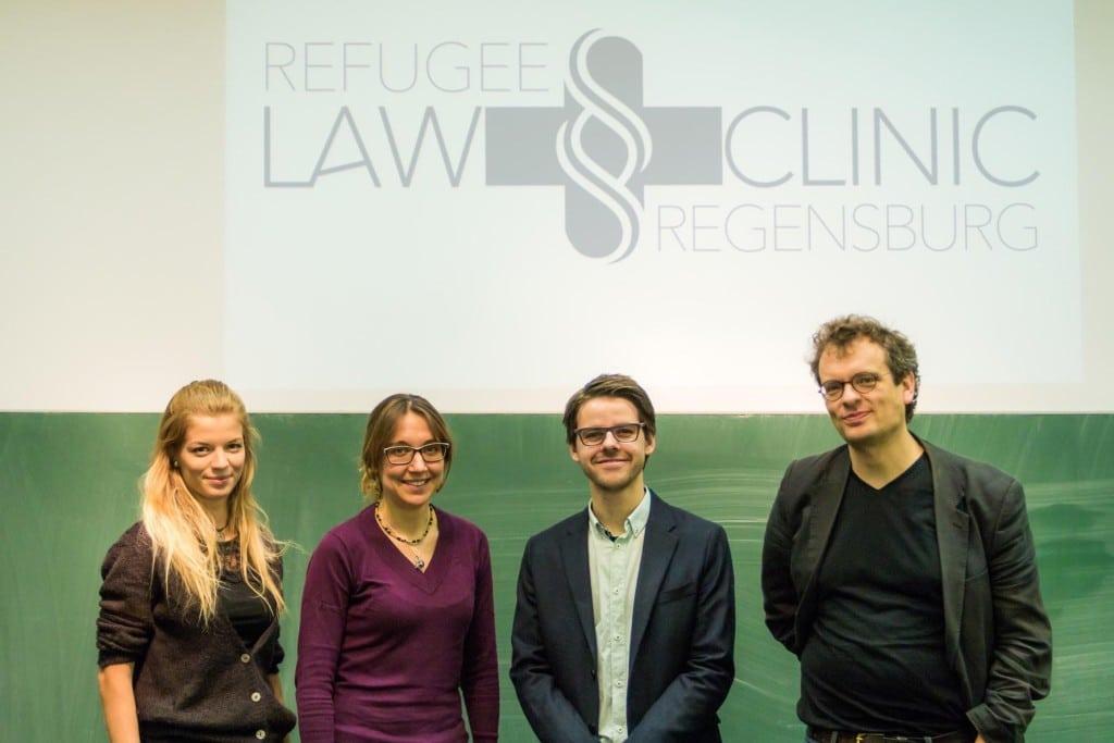 'Foto: Bastian Winter' verwenden dürfen. Auf dem Foto v.l.: Nina Kerstensteiner, Larissa Borkowski, Koordinatorin, Bastian Winter, Prof. Dr. Alexander Graser, Initiator.