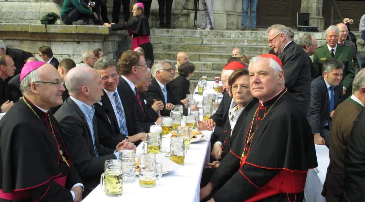 Festbankett mit Promis anlässlich Müllers Ernennung zum Kardinal. Foto: Archiv
