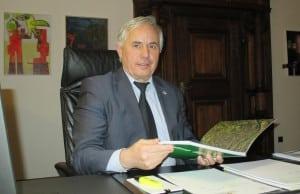 Im Visier der CSU: Bürgermeister Jürgen Huber. Foto: as