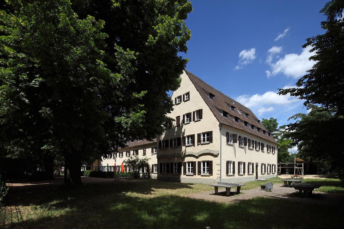 Die Jugendherberge am Alten Eisstadion. Foto: Stadt Regensburg