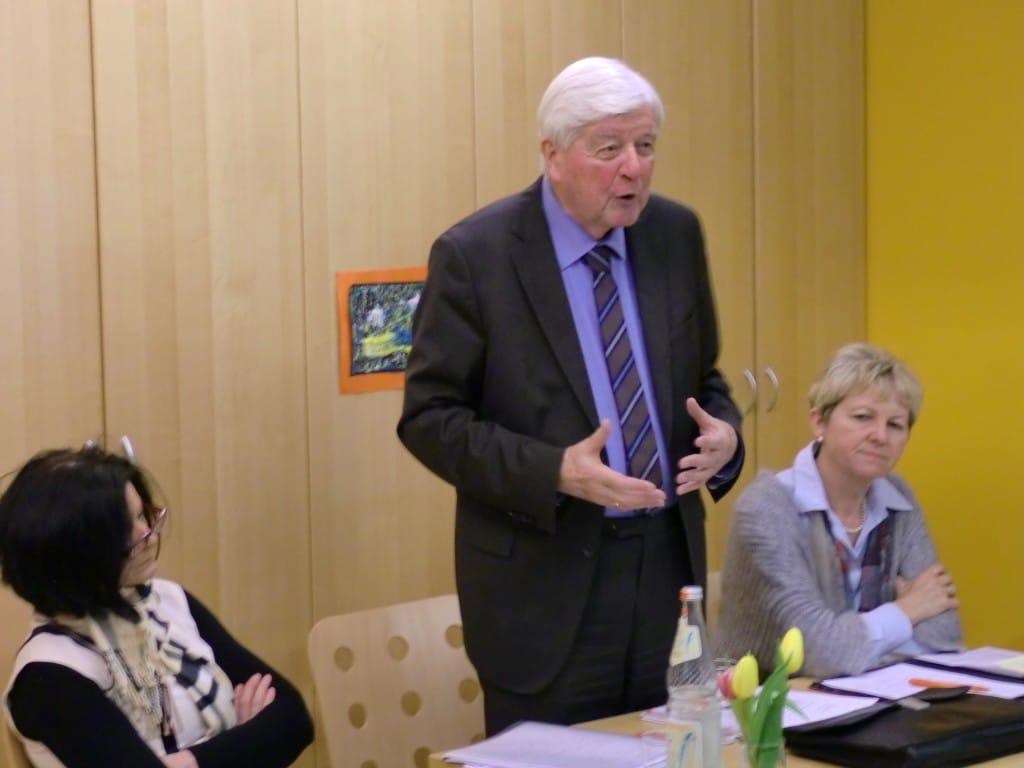 Doris Schiller, Prof. Hans Maier, Maria Eichhorn. Foto: DONUM VITAE
