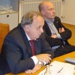 Vor kurzem noch die unangefochtene Regensburger SPD-Spitze, mittlerweile bei den Genossen ziemlich abgeschrieben: Norbert Hartl und Joachim Wolbergs. Foto: Archiv/ as