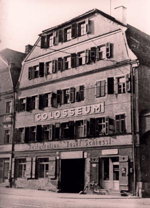 """Das """"Colosseum"""" um 1940. Foto: Stadt Regensburg"""