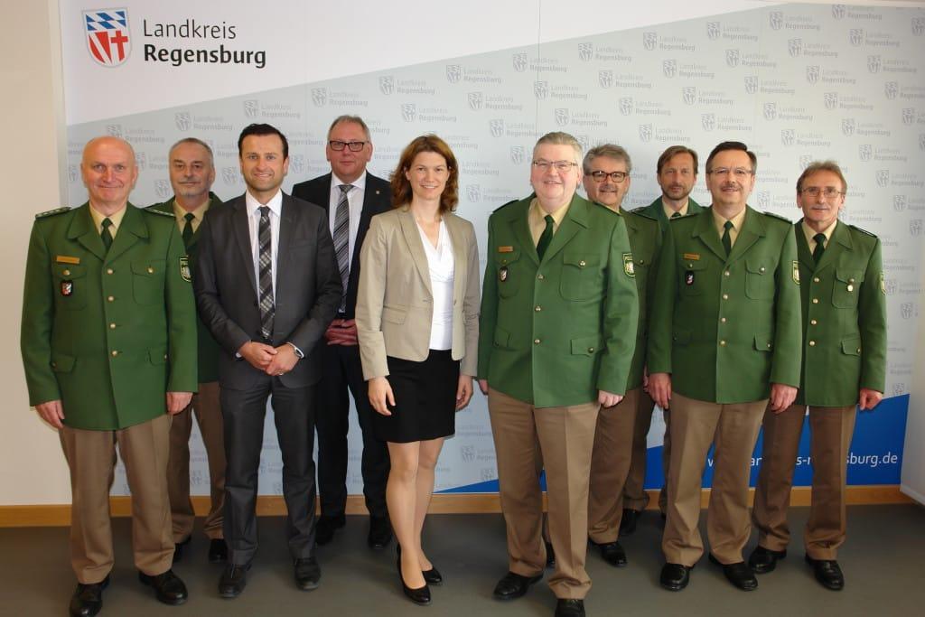 Die Teilnehmer am Sicherheitsgespräch mit Landrätin Tanja Schweiger und Abteilungsleiter für öffentliche Sicherheit und Ordnung, Stefan Stelzer (3.v.l.)