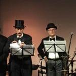Stilechtes Rahmenprogramm zum 50.: die Bänkelsänger. Fotos: as