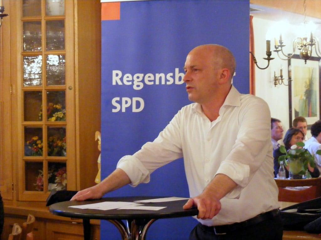 Legt nach Abschluss der Ermittlungen alles offen: OB Joachim Wolbergs. Foto: om