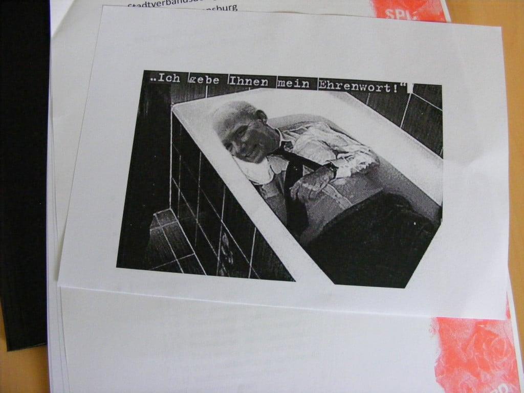 Wolbergs ließ die Fotomontage der Stadtzeitung verteilen und bat ausdrücklich um deren Weiterverbreitung. Foto: om