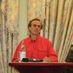 """Dr. Harald Klimenta hat Physik studiert. Der Publizist gehört wissenschaftlicher Beirat von Attac Deutschland und ist Autor des Buchs """"Die Freihandelsfalle"""". Foto: Archiv"""
