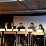 Ein umfangreiches Podium auf kreativen Sitzen: Diskussion zum bezahlbaren Wohnen in Regensburg. Foto: om