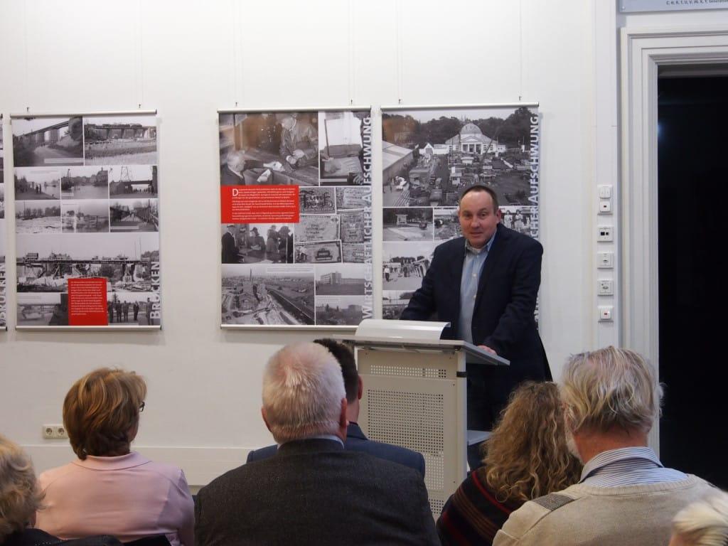 Die Arbeit von Roman Smolorz über die Domspatzen im Nationalsozialismus kann es nicht verbergen, dass sie abgeschlossen wurde, ohne dass wesentlichen Quellen und andere Arbeiten ab- und eingearbeitet worden wären. Foto: Archiv