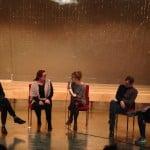 Das Podium im Theater am Haidplatz. Von links nach rechts: Christian Kucznierz, Esther Slevogt, Ruth Zapf, Christian Schiffer und Moritz Tschermak. Foto: om