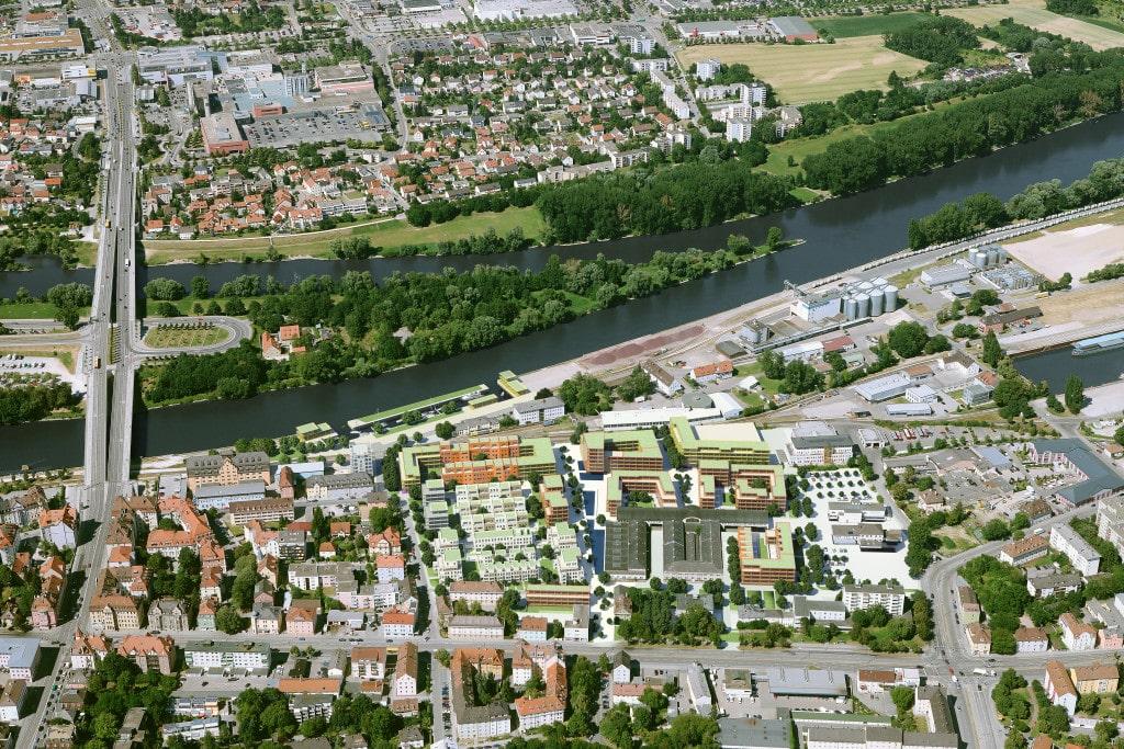 Das Marina Quartier: für die einen ein lukratives Geschäft, für die Stadt Regensburg ein Millionengrab. Luftbildmontage: C.A. Immo Deutschland