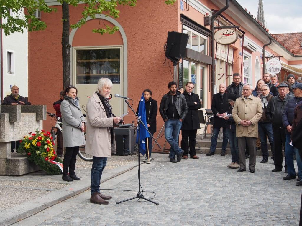 Warnt vor einem Verfälschen Glattbügeln der Vergangenheit: Hans Simon-Pelanda. Foto: Werner