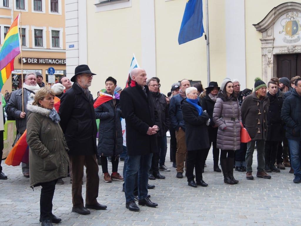 Nahm ebenfalls am Gedenkweg teil: Joachim Wolbergs. Foto: Werner
