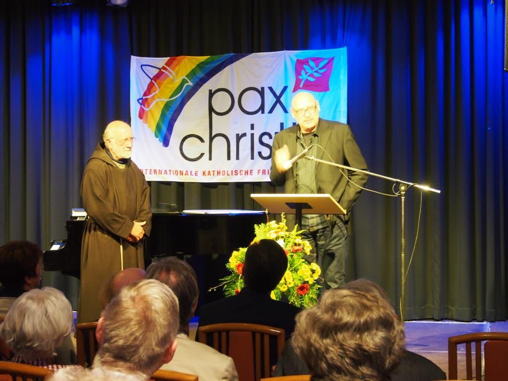 Pater Clemens und Alexander Probst. Foto: wr