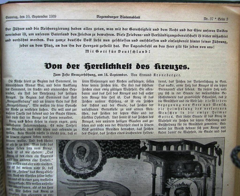 """""""Mit Gott für Deutschland"""": So stimmte das Regensburger Bistumsblatt die Bevölkerung 1939 auf"""