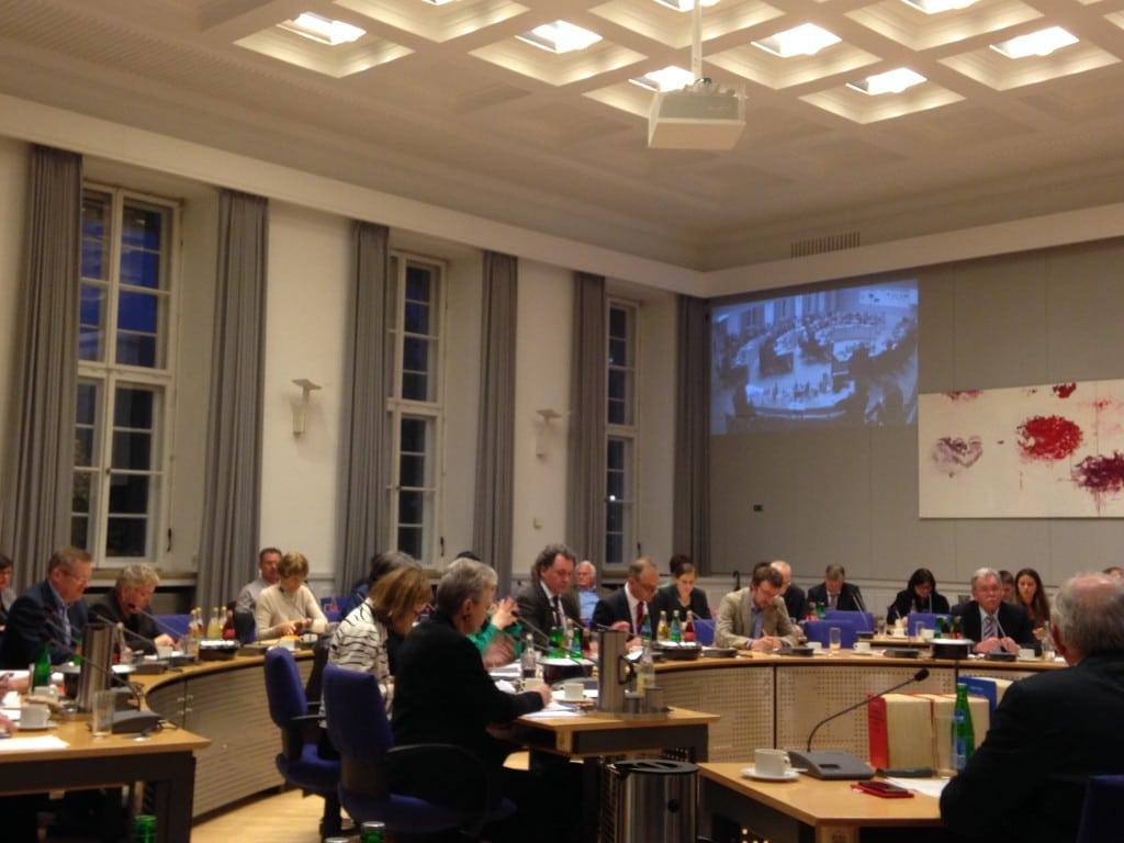 Zeigt endlich Aufklärungswillen: Der Regensburger Stadtrat. Foto: om