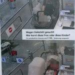 """""""100 Euro Belohnung"""". Mit Aufsteller und Plakaten fahndete XXXLutz nach mutmaßlichen Ladendieben. Die Gesichter haben wir verpixelt."""