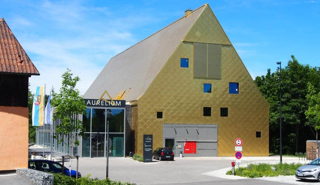 Ein Zehn-Millionen-Prestigeobjekt für die Speckgürtelgemeinde Lappersdorf: das AURELIUM. Fotos: rw