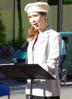 """""""Gebt den Menschen ihre Rechte und sie werden alle gut sein."""" Kristin Palfreyman als Ellx Maldaque. Foto: as"""