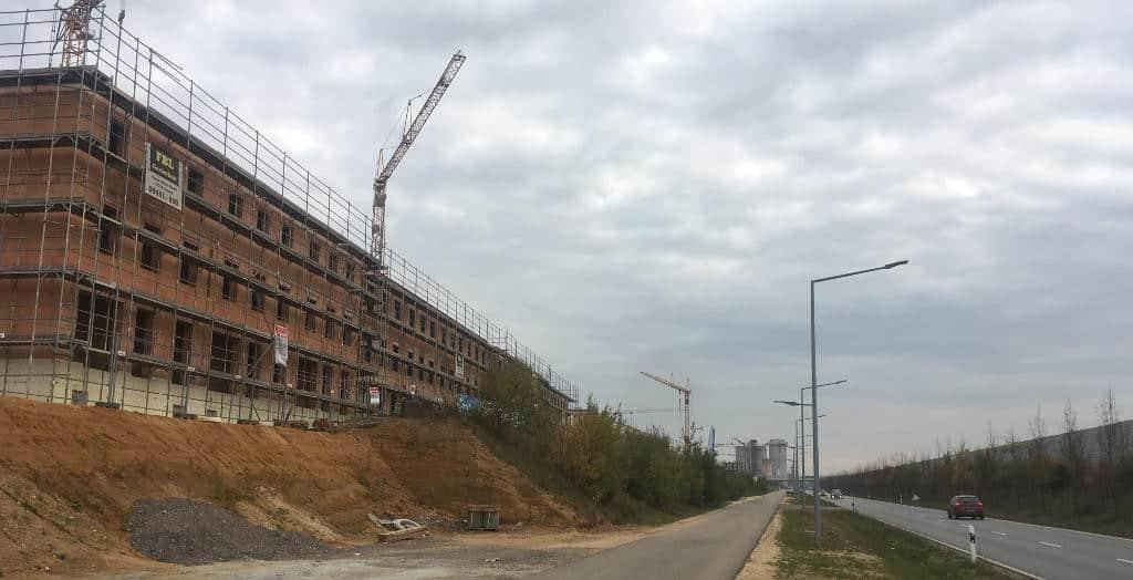 Entlang der Osttangente dominiert Geschosswohnungsbau das Bild. Foto: as