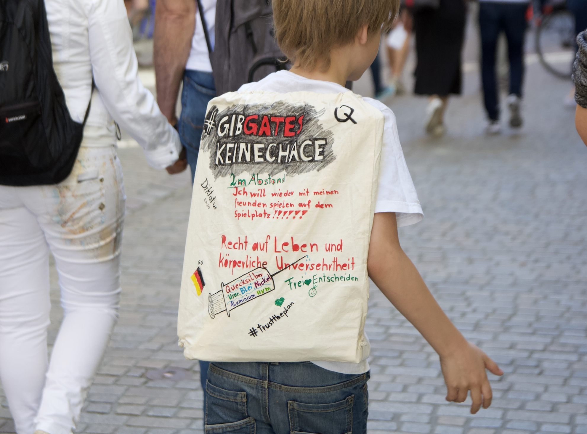 Gegen Die Weltherrschaft Von Bill Gates Und Andere Wahrheiten Regensburg Digital